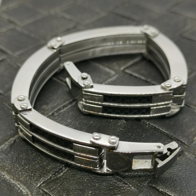 Steel-armband