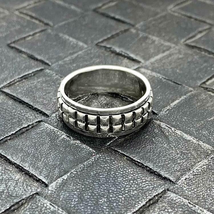 Spinning-ring Nitar i 925 oxiderat silver