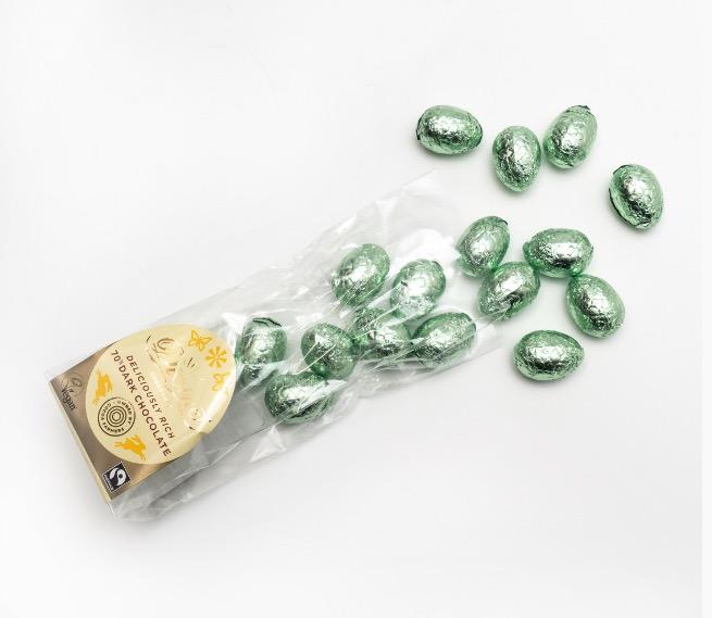 Divine små påskägg i mörk choklad, kakao från Ghana. Öppnad förpackning. Fairtrade