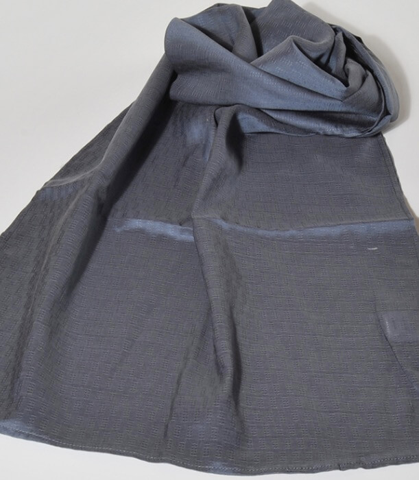 Sjal, scarf, ekologisk sojafiber, mönstrad grå