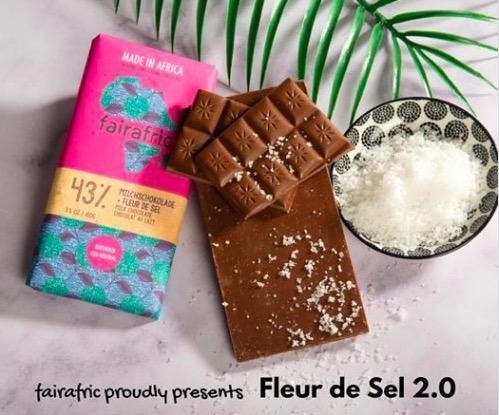 Fairafric mjölkchokladkaka med havssalt. Fair Trade Bean to bar från Ghana.