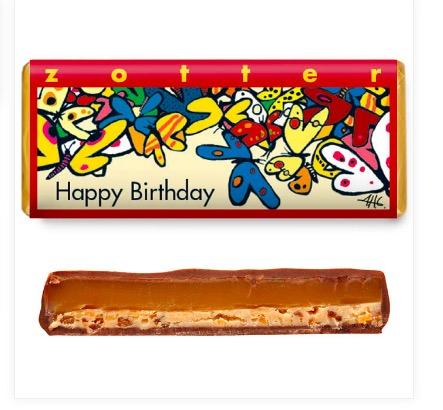 Zotter Happy birthday, exklusiv mjölkchokladkaka, karamellkräm och mandelnougat. Fair Trade, ekologisk, handgjord chokladpralin..