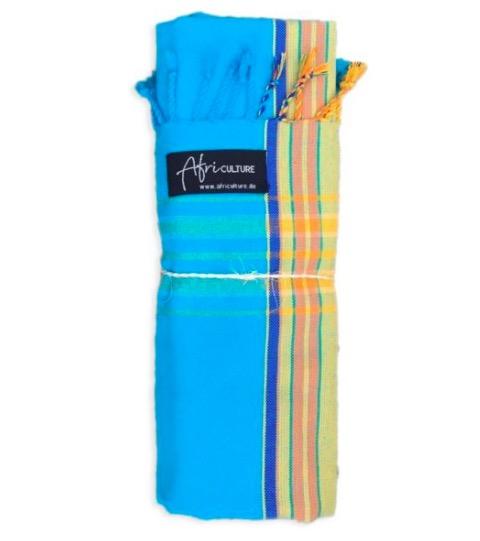 En klassisk Swaheli-kikoi från Kenya. Turkis med ljusa gröngula ränder. Strandhandduk, sarong. Fair Trade.