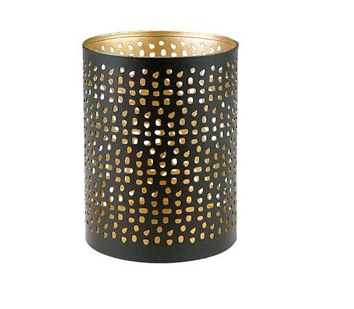 Ljuslykta till värmeljus, järnplåt, utstansat mönster. Färg svart-gyllen, Fair Trade från Indien.
