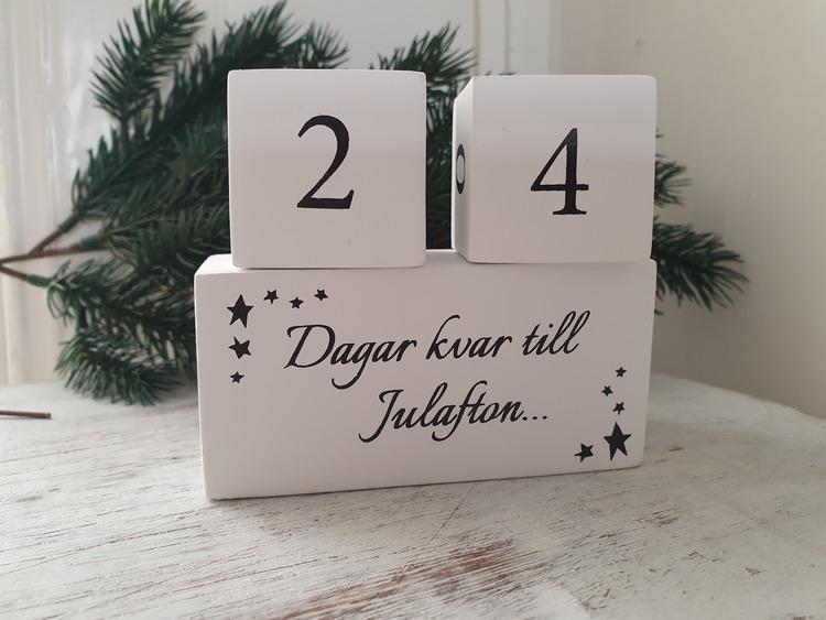Träkalender jul-Svart text