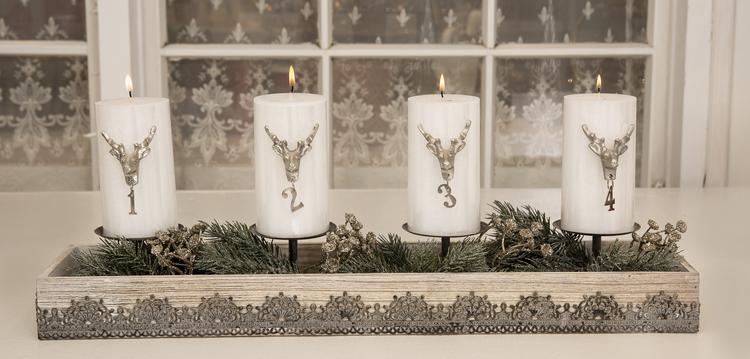 Adventssiffror 1-4 med renar